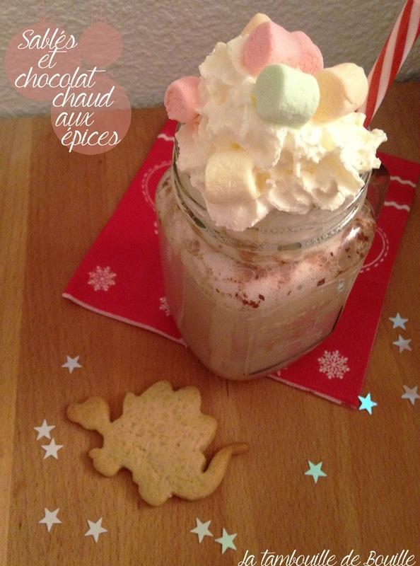 recette-chocolat-chaud-épices-chamallows