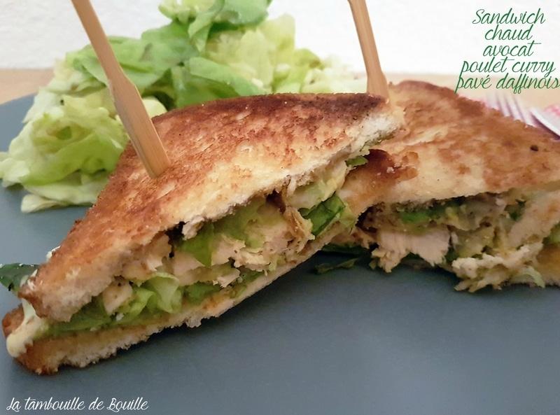 sandwich-chaud-avocat-poulet-curry-pavé-daffinois