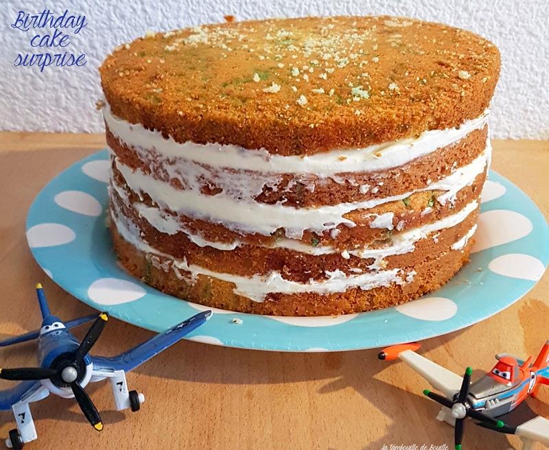 montage-birthday-cake-facile