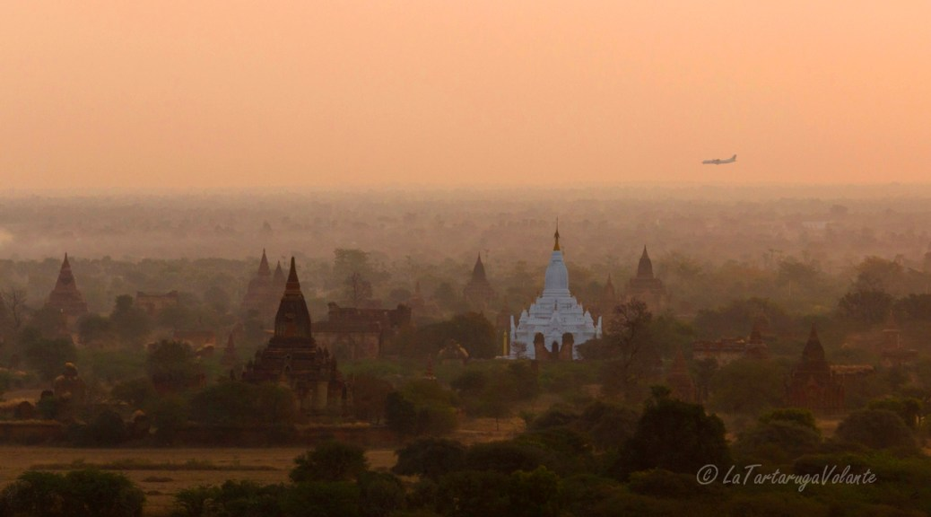 Volo Aereo Myanmar balloning and air