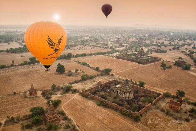 Myanmar balloning over Bagan
