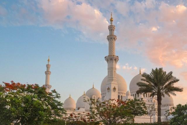 Dove dormire Emirati Arabi Moschea di Abu Dhabi