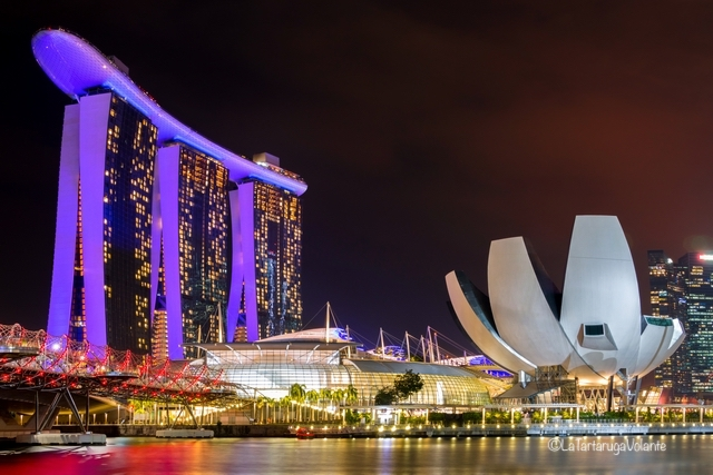 Singapore, by the night