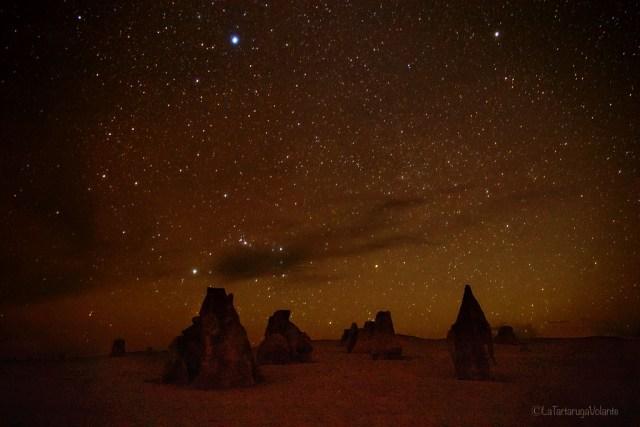 deserto dei pinnacoli by night