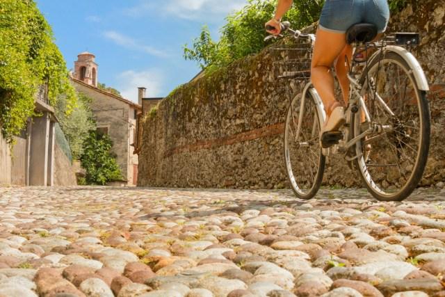 casa, a spasso in bicicletta