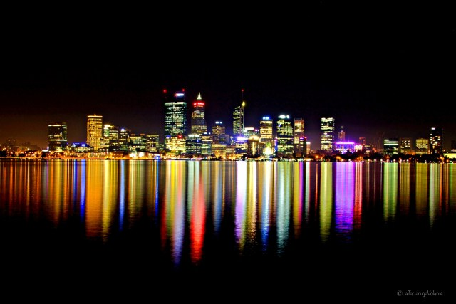 perth by night con colori