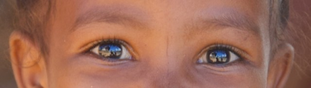Madagascar, primo piano occhi di bambina
