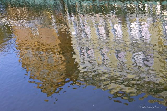 Praga, riflessi acqua