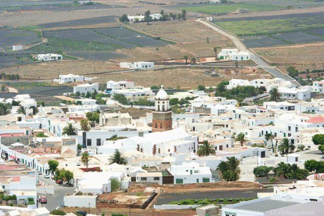 Lanzarote dal castello il paese