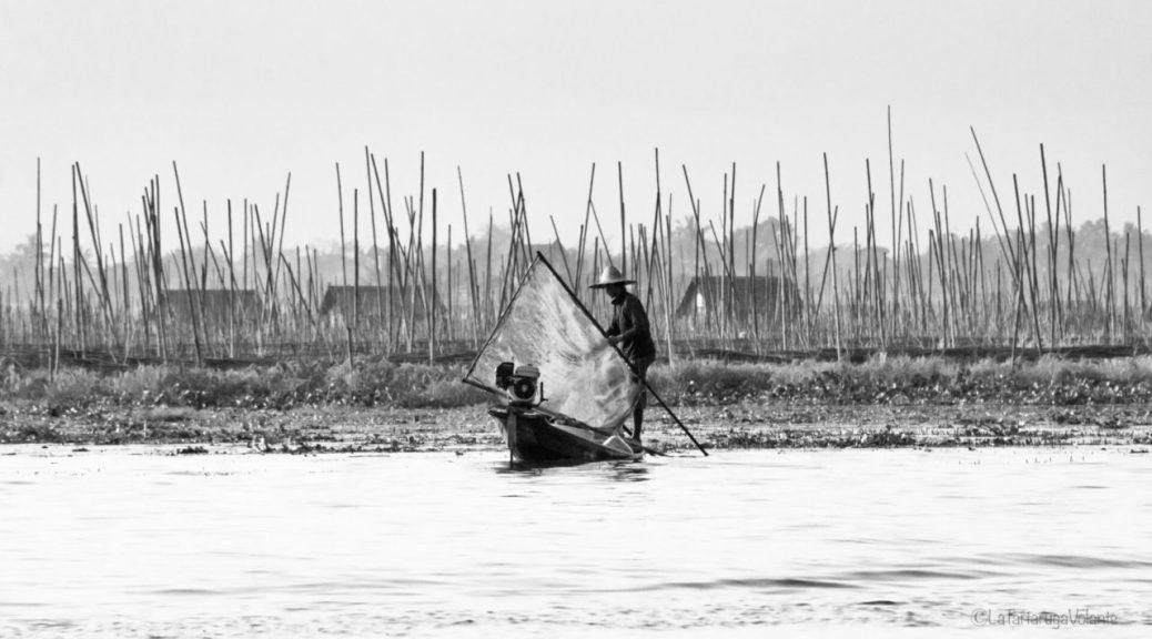 Myanmar in bianco e nero