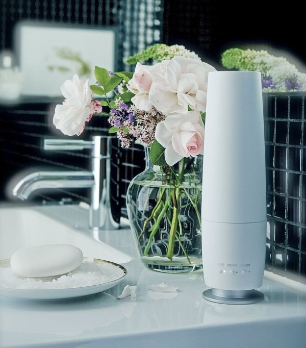 Kabelloser Diffuser als Alternative zu Duftkerze und -lampe