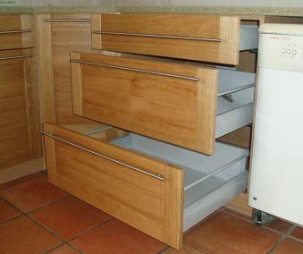 cuisine tiroirs coulissants chêne massif