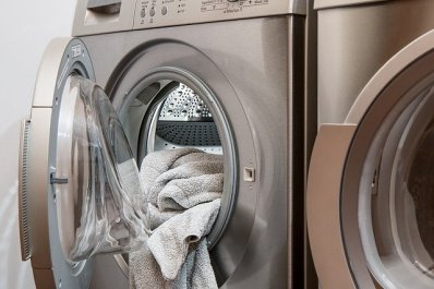 Machine à laver et sèche linge pour décatir les tissus neufs
