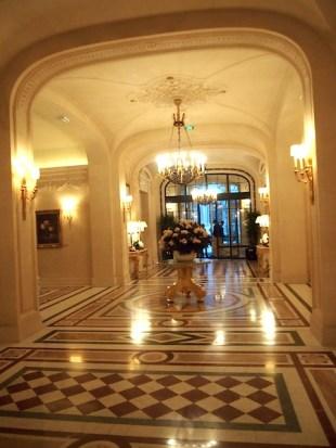 Shangri-La lobby