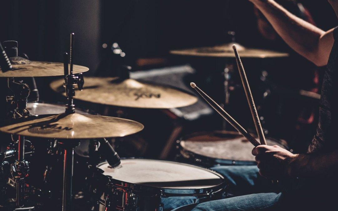 L'Atelier du Rythme | Cours batterie/guitare/basse à Laval (53)