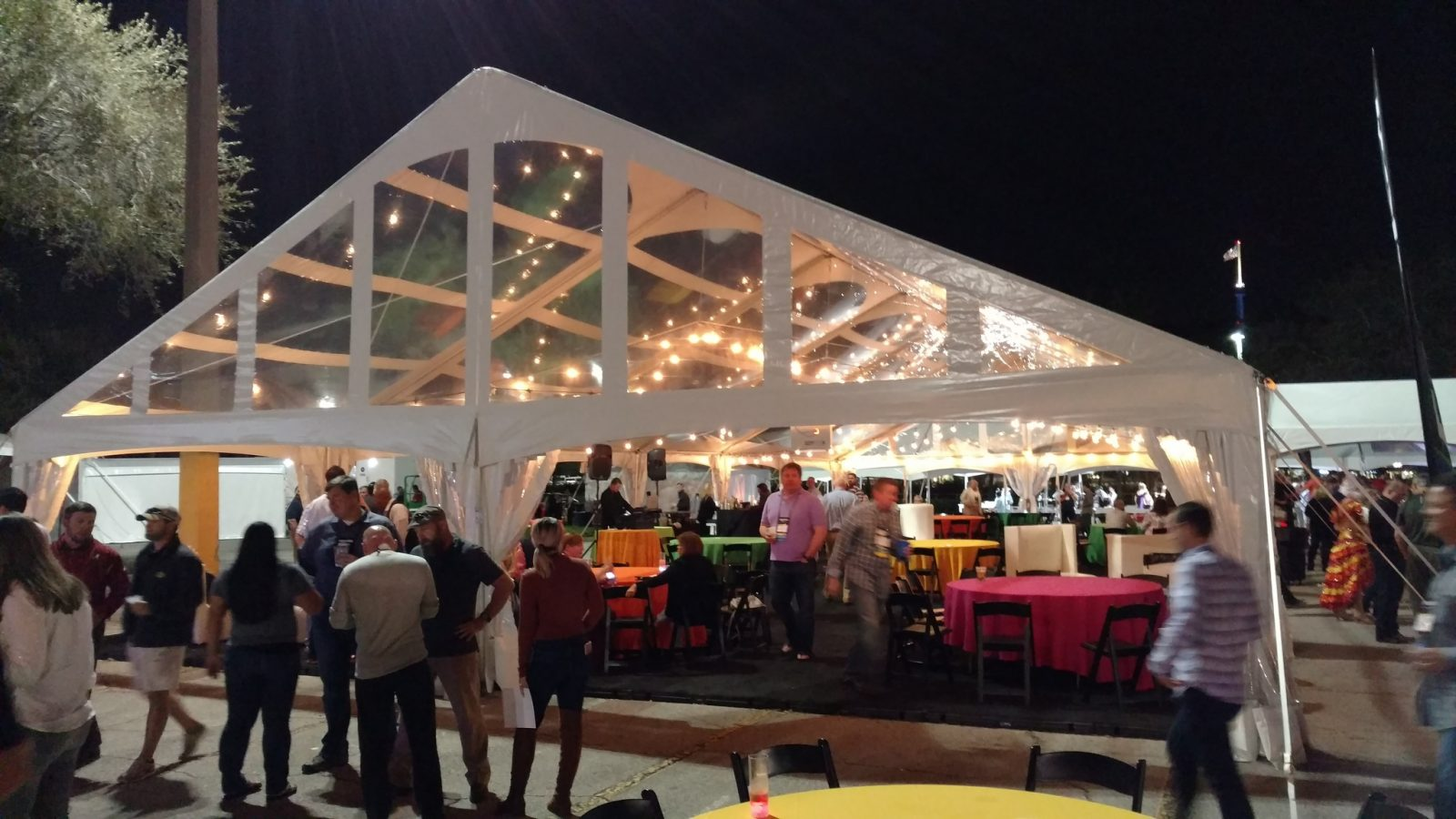 Tent Rental Customer Reveiws