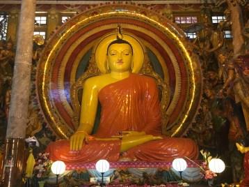 Inside Gangaramaya Temple