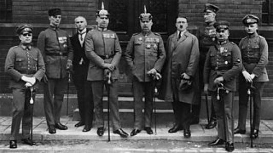 HISTORY_1923_Weimar_Defendants in Munich putsch trial