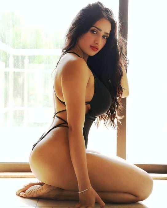 Aditi Mistry Fitness Model