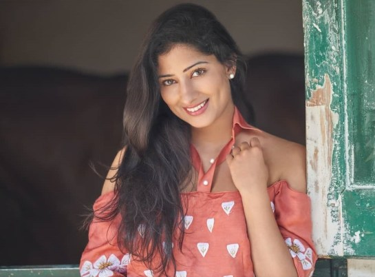 Niharica Raizada Actress Images - Indian Women Beautiful Pics