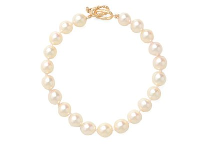 gravitypope pearls before swine PEARL BRACELET http://bit.ly/1dmo1bE