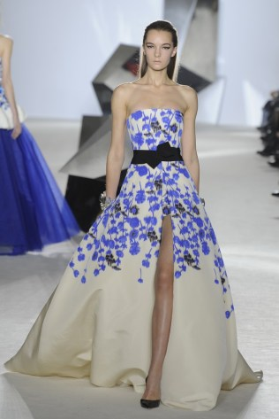 GIAMBATTISTA VALLI Haute Couture S:S 2014 Paris33