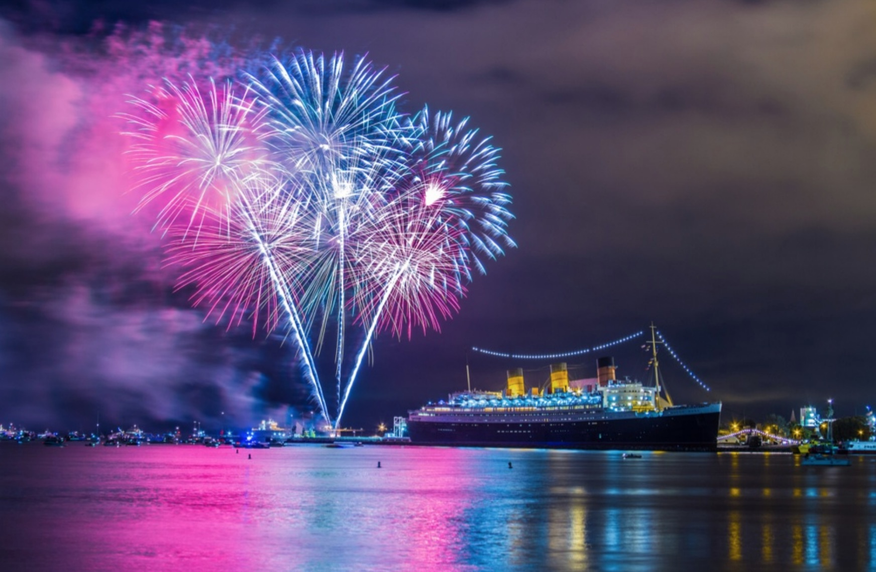 Los Angeles To Do  Where To Toast New Year s Eve 2018    LATF USA queen Mary  New Years eve 2018