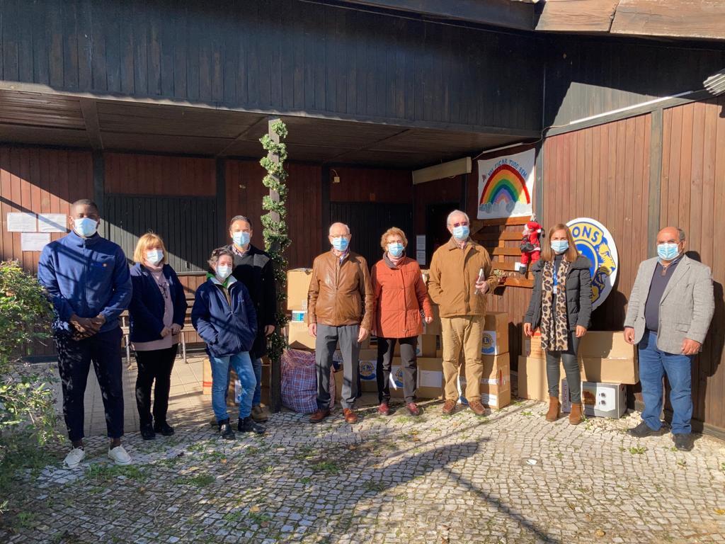 Lions Clube de Setúbal faz doação à LATI