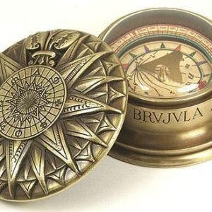 Brújula Náutica con Reloj Solar
