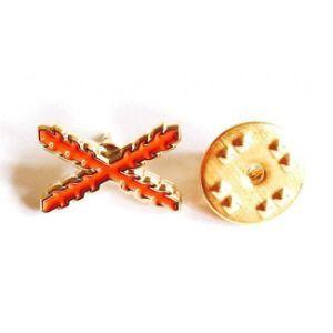 Pin de traje de «España Antigua» con cruz de Borgoña