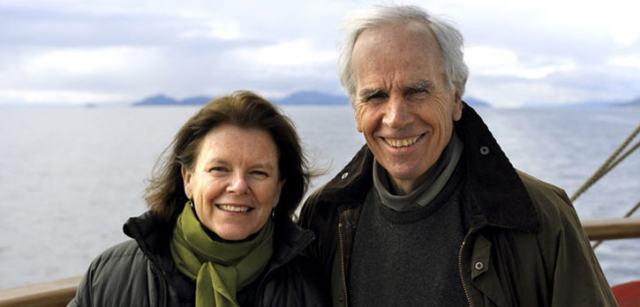 Tompkins war seit 1993 in zweiter Ehe mit Kristine McDivitt, Ex-Chefin der Bekleidungsmarke Patagonia, verheiratet