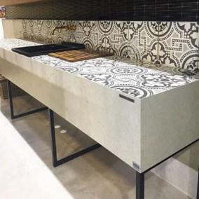 Bancada de cozinha com cuba em louça