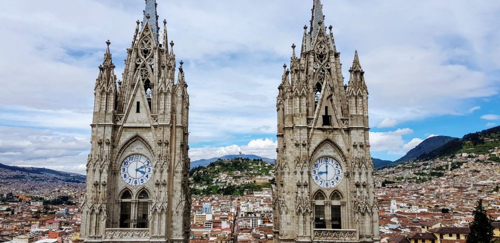 Quito Ecuator and Old Town Day Tour