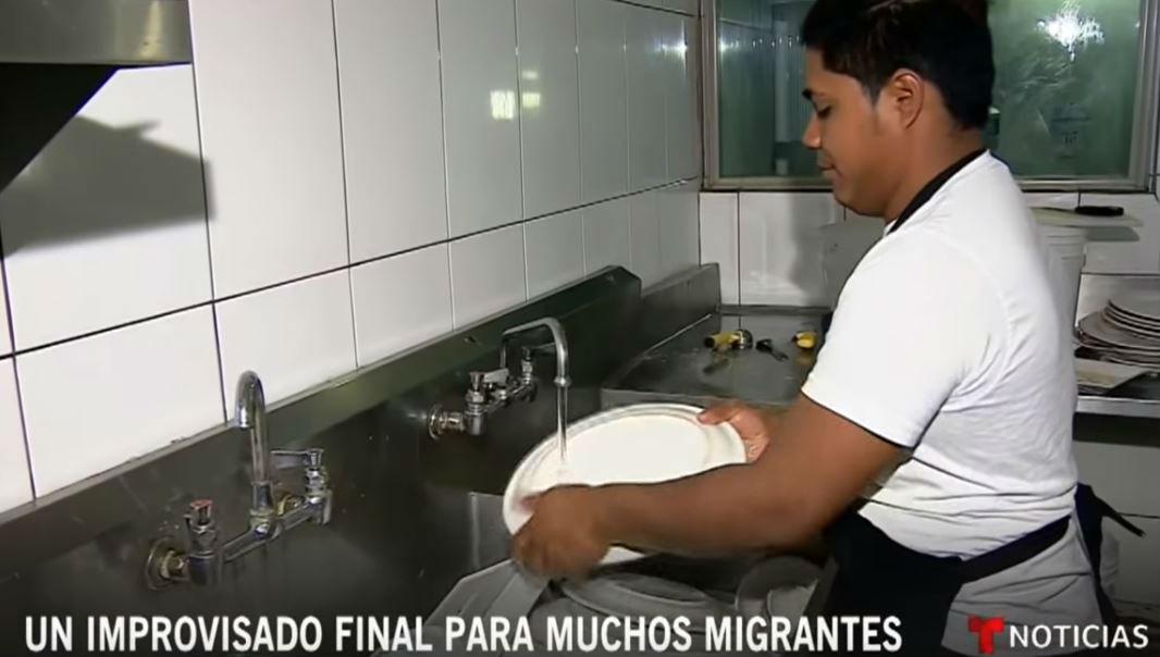 photo youtube-pequenios empresarios abrieron las puertas a sus negocios a los migrantes