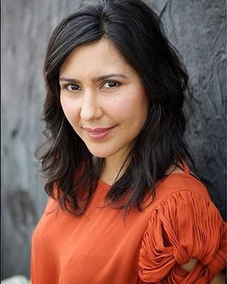 Elizabeth Santiago CeleBritAy CEO , skincare and health coach