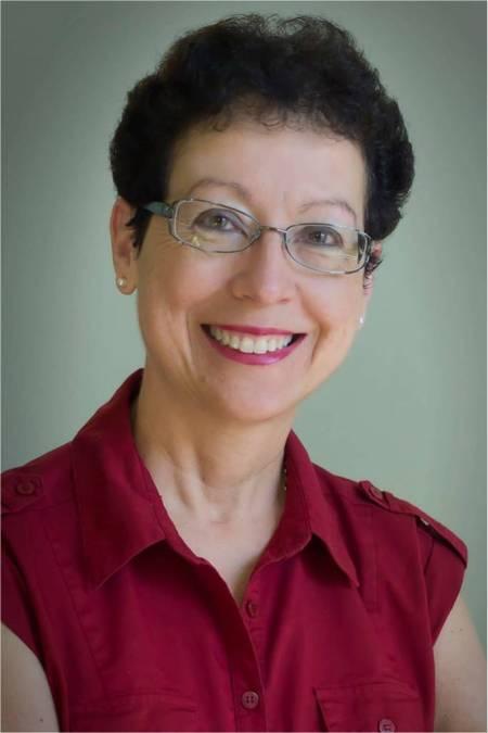 Deborah Aguiar-Velez, empowering Latinas