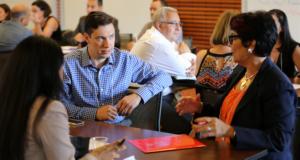 Participants excange ideas with Mentors at SLEI-Ed program Latina entrepreneurs