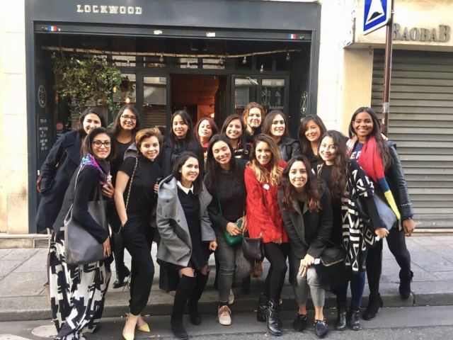 Latinas Who Travel in Paris International Meet up - Latinas que Viajan - Latinas en Paris