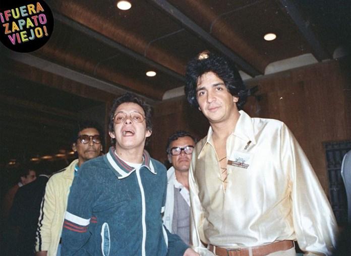 Hector Lavoe in Cali with the entrepreneur Larry Landa. Photo: Hernando Villareal.