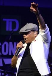 Al Jarreau - TD Toronto Jazz Festival 2015 07