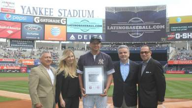 Photo of Alex Rodriguez honored as Latinobaseball.com 2015 Player of the Year