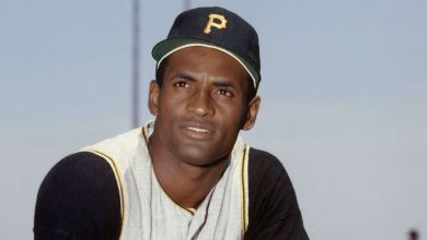Photo of All-Star game auction includes Roberto Clemente memorabilia