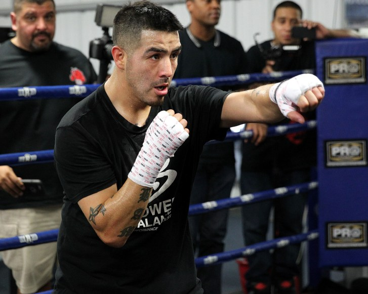 brandon-rios-mediaday-10-27-15-3