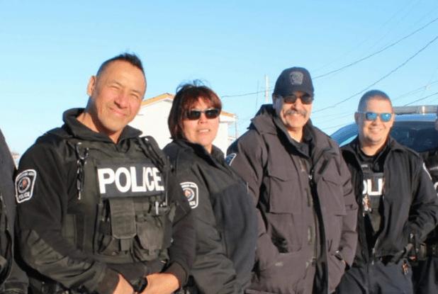 La fuerza policial indígena más grande de Canadá no ha disparado a nadie en 26 años