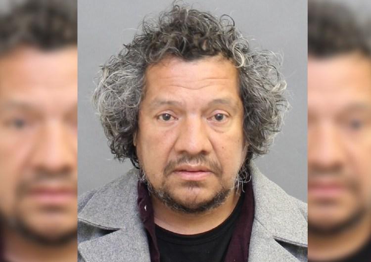 Hombre es acusado por intento de secuestro a niña de 12 años en Toronto