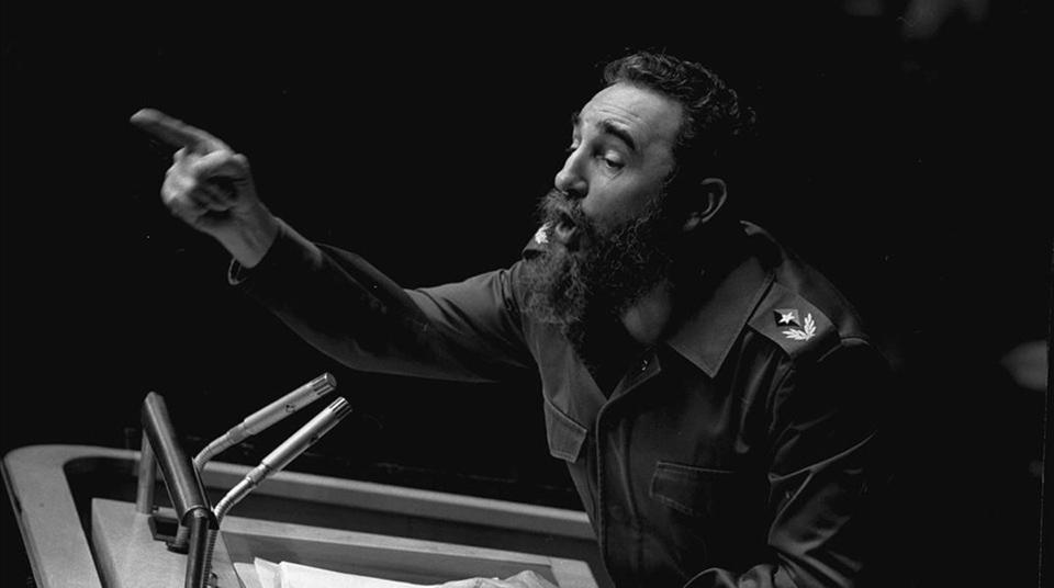 Parece que va a hablar Fidel