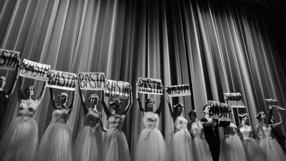 El Ballet del Colón denuncia que no puede usar el teatro y cuestiona a Maximiliano Guerra