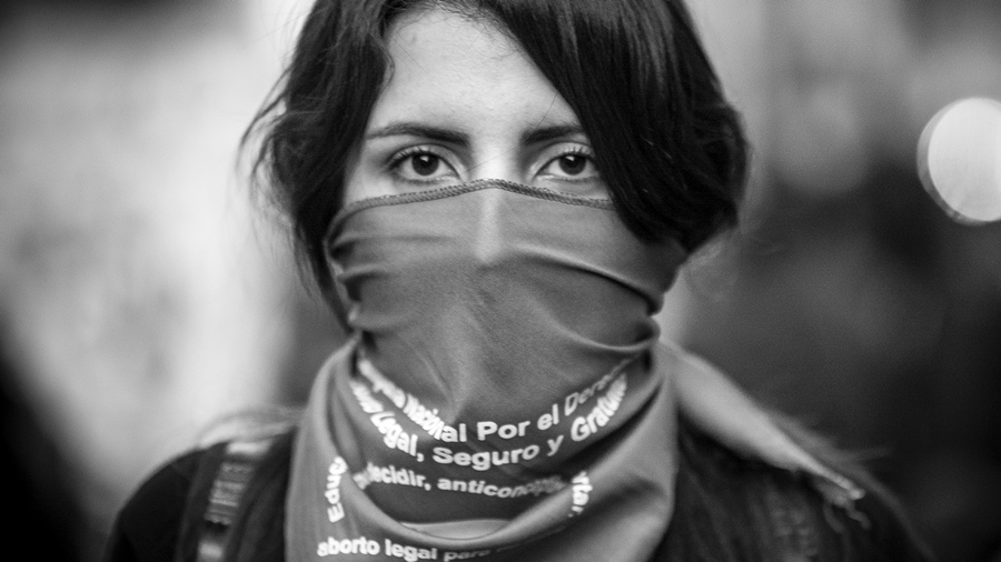 Trabajo silencioso de ellos, activismo nuestro