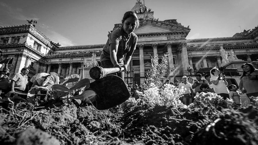 Protestan en defensa de la agricultura familiar, campesina e indígena