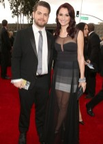 Jack Osbourne and wife Lisa Stelly arrive to the 2013 Grammys Red Carpet [Photo: Getty Images]